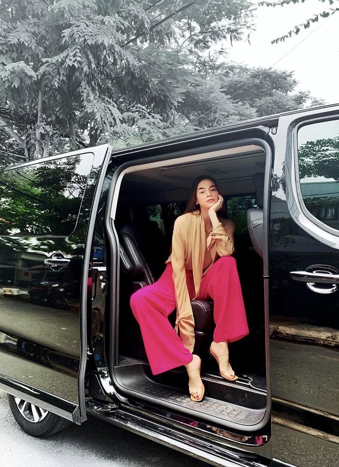 Hồ Ngọc Hà phi siêu xe xuống phố vui chơi cùng Subeo ngày cuối tuần-2