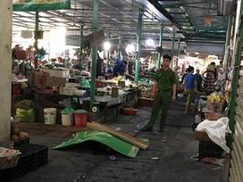 Kẻ cướp đâm chết người phụ nữ ở Quảng Ninh rồi tự tử ở cổng chợ