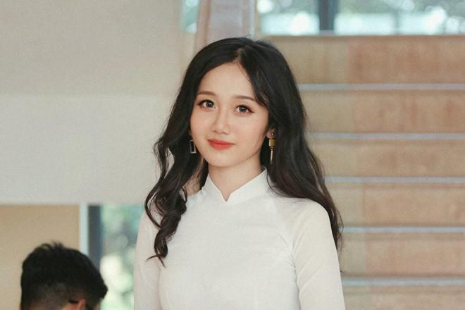 Nữ sinh 2K1 Lào Cai được dân mạng gọi là hot girl ảnh thẻ-2