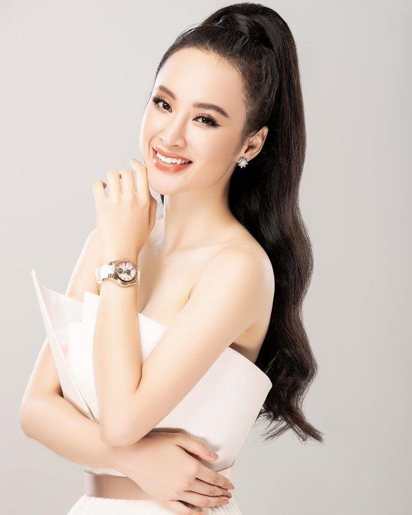 Bất ngờ khoe hình ảnh gợi cảm, phải chăng Angela Phương Trinh sắp trở lại showbiz-5