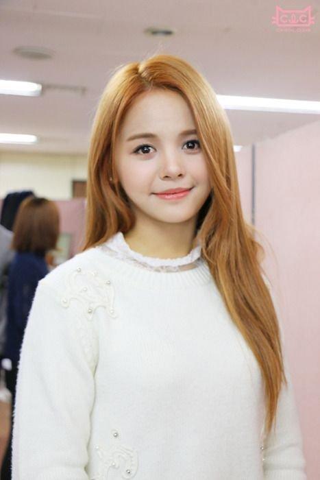 Đã giải quyết xong scandal phân biệt thù lao giữa idol Hàn - Thái: Lisa (BlackPink) và Sorn (CLC) cuối cùng cũng nhận đủ lương-2
