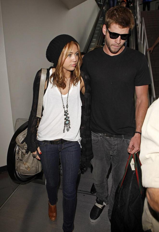Chuyện tình 10 năm liên tục hợp tan của Miley Cyrus và Liam Hemsworth-3