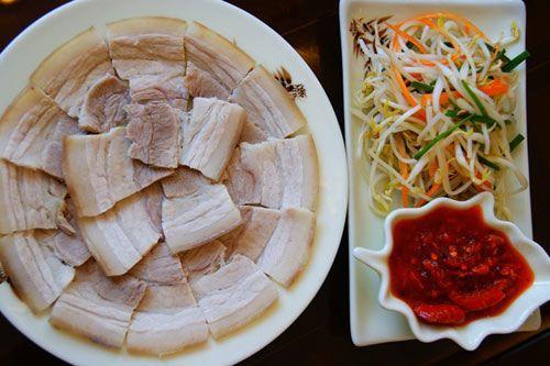 Luộc thịt lợn dùng nước nóng hay lạnh, nếu dùng sai thịt vừa khô vừa không thơm-2