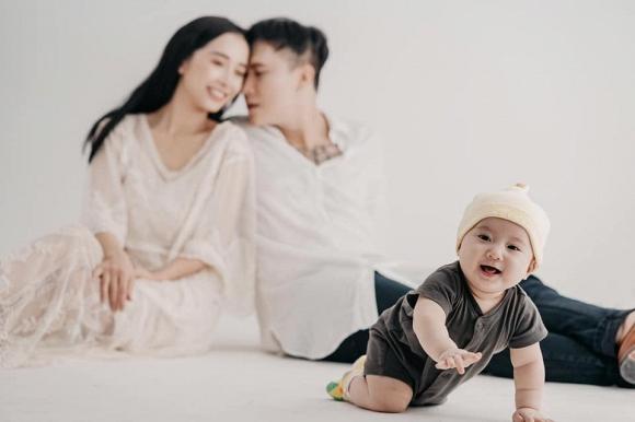 Khoe ảnh lưu niệm cả gia đình, em gái Nhã Phương khiến ai cũng xuýt xoa vì có cô con gái càng lớn càng yêu-3