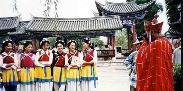 Loạt ảnh hậu trường quý hiếm của Tây Du Ký 1986 tiết lộ nhiều bí mật-15