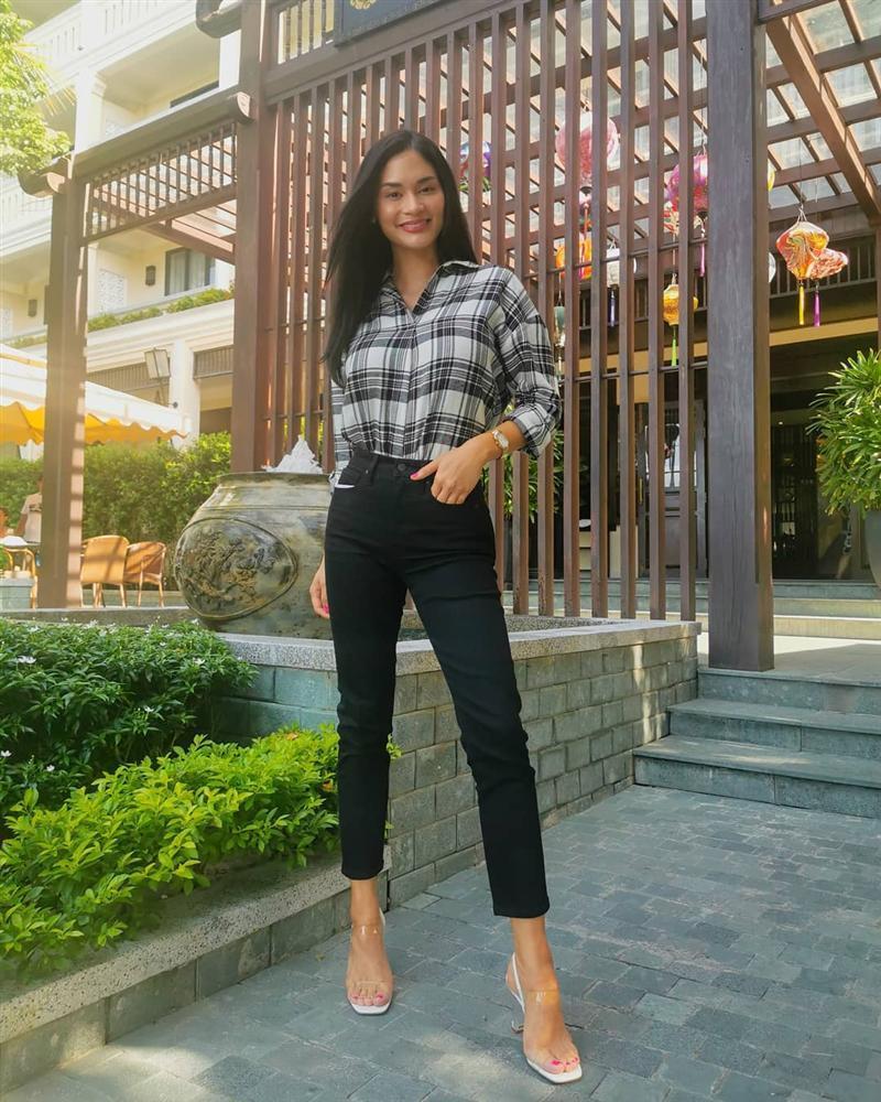 Bản tin Hoa hậu Hoàn vũ 12/8: HHen Niê lên đồ xuất sắc, chặt đẹp từ Phạm Hương đến mỹ nhân thế giới-8
