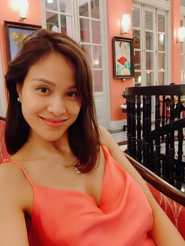 MC Phương Mai mang bầu 6 tháng vẫn mặc bikini khoe dáng đẹp hút mắt-9