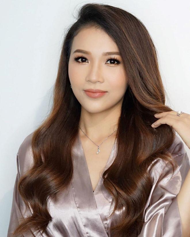 Em gái Hoàng Thùy bất ngờ đăng ký thi Hoa hậu Hoàn vũ nhưng không ngạc nhiên bằng nhan sắc dậy thì trên cả thành công-8