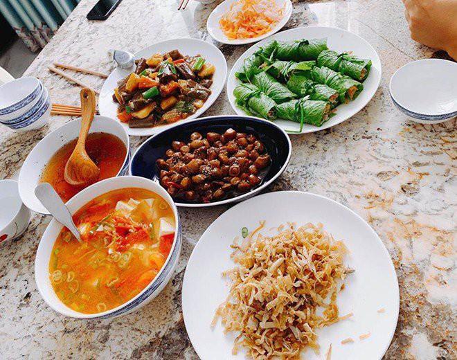Nhìn căn bếp nhà Đăng Khôi thì mới hiểu tại sao vợ anh lại mê mẩn nấu ăn đến thế-8