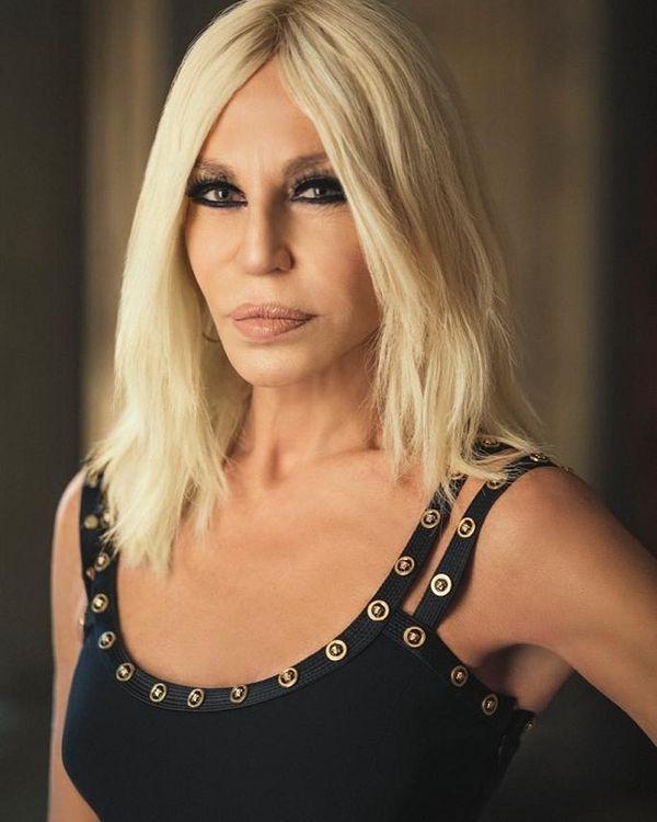NTK Donatella Versace lên tiếng xin lỗi về chiếc áo phông gây tranh cãi-3