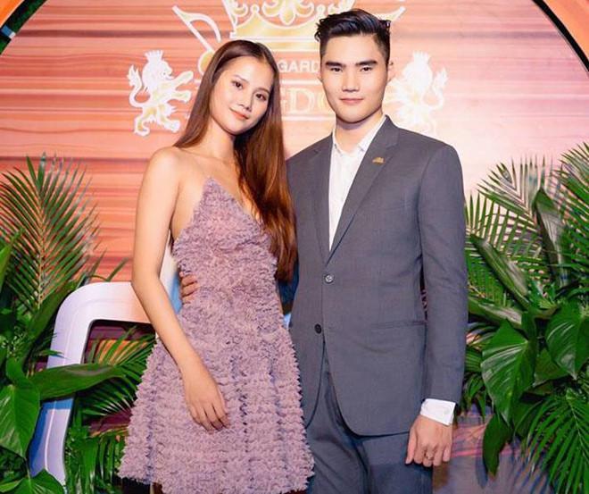 Người mẫu Hương Ly nói gì về hình ảnh khóa môi quán quân Quang Hùng-2