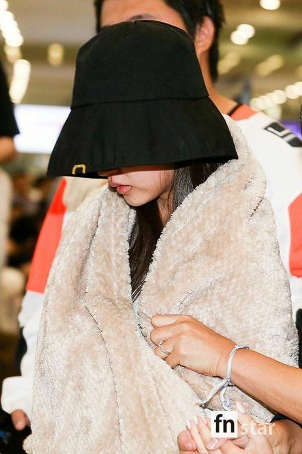 Cuộc sống khắc nghiệt của idol Kpop: Máu, mồ hôi và nước mắt-8