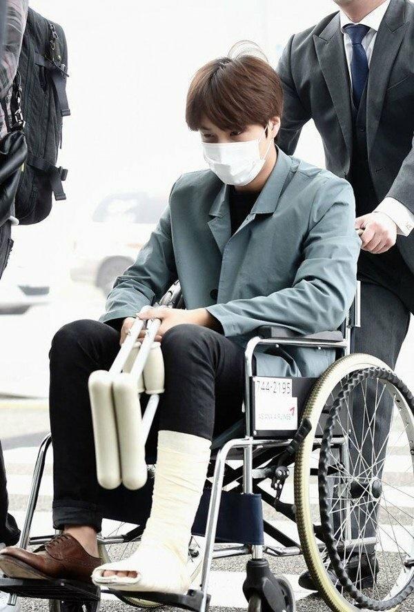 Cuộc sống khắc nghiệt của idol Kpop: Máu, mồ hôi và nước mắt-9