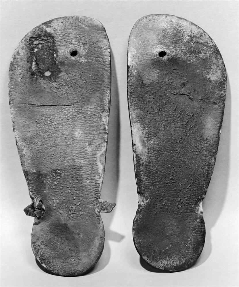 Dép tông cao gót: Kiểu giày tạo nên cơn sốt mới, sắp thống trị mọi nẻo đường-2