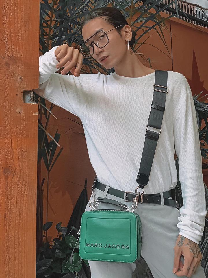 Khẩu nghiệp quen thói: Người thương tặng túi hiệu nhân dịp sinh nhật mà BB Trần vẫn không quên cà khịa-1