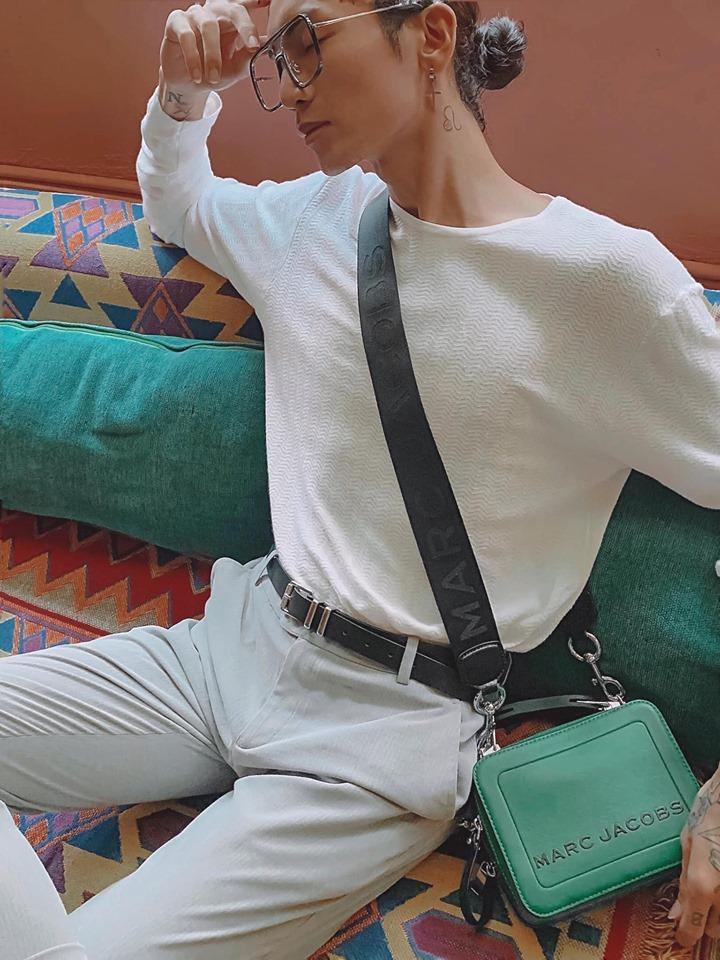 Khẩu nghiệp quen thói: Người thương tặng túi hiệu nhân dịp sinh nhật mà BB Trần vẫn không quên cà khịa-2