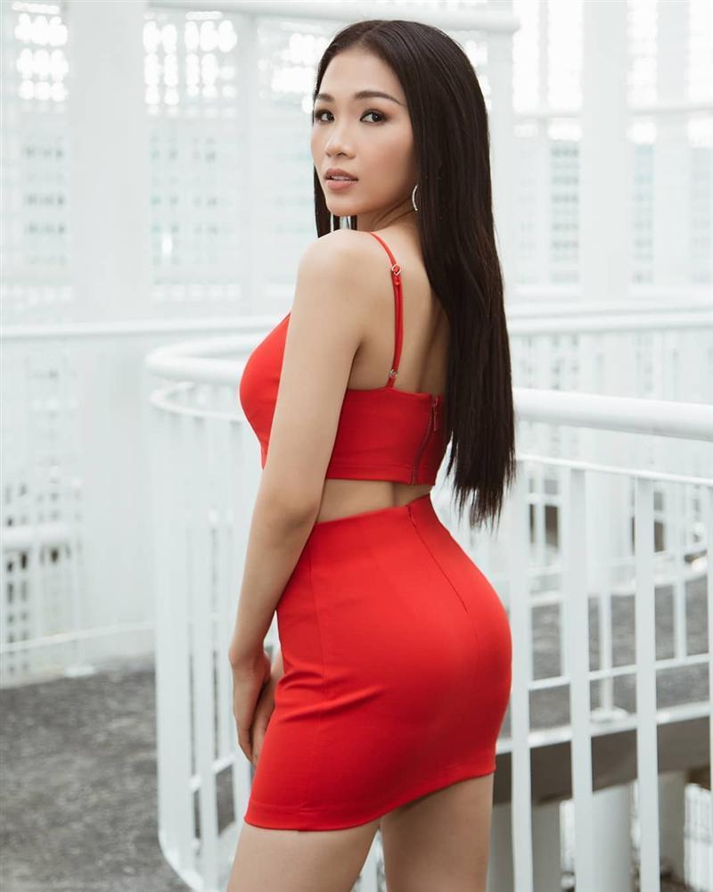 Em gái Hoàng Thùy được chị gái á hậu kèm cặp để thi Hoa hậu Hoàn vũ Việt Nam 2019 dù chiều cao khiêm tốn-1
