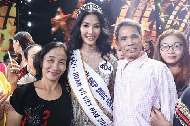 Em gái Hoàng Thùy được chị gái á hậu kèm cặp để thi Hoa hậu Hoàn vũ Việt Nam 2019 dù chiều cao khiêm tốn-11