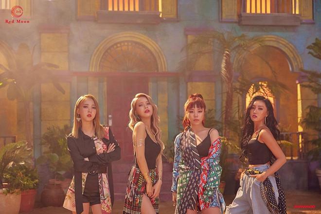 Bốn nhóm nhạc được mệnh danh là nữ hoàng mùa hè của Kpop-12