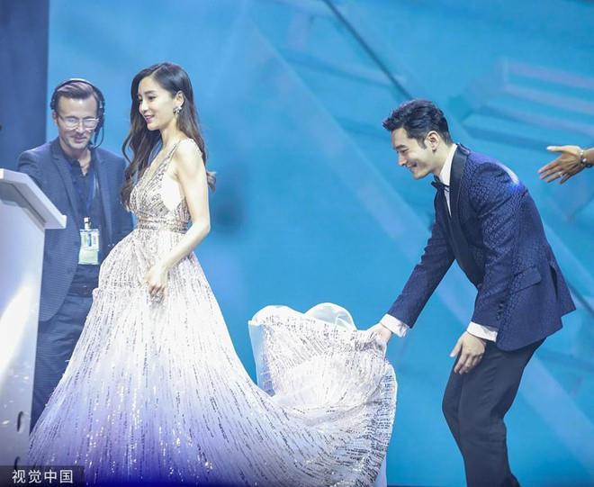 Angelababy và Huỳnh Hiểu Minh - lễ cưới chiêu trò đến ồn ào ly hôn-9