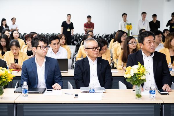 Lộ diện khách hàng trúng cặp vé du lịch Maldives cùng Hoài Linh, Tóc Tiên-3
