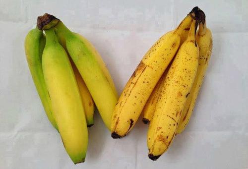 Người bán chuối chẳng dại mà tiết lộ cho bạn: Mẹo chọn chuối chín tự nhiên không ngâm hóa chất-1