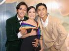 Không nói về chuyện ly hôn, Hồng Đào tươi tắn bên hai 'con trai' trong ngày ra mắt phim