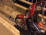 Cô gái trẻ để lại xe máy rồi nhảy cầu Vĩnh Tuy tự tử trong đêm