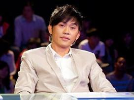 Nghệ sĩ Hoài Linh thể hiện vũ đạo, trêu chọc Mỹ Linh khi ngồi ghế nóng