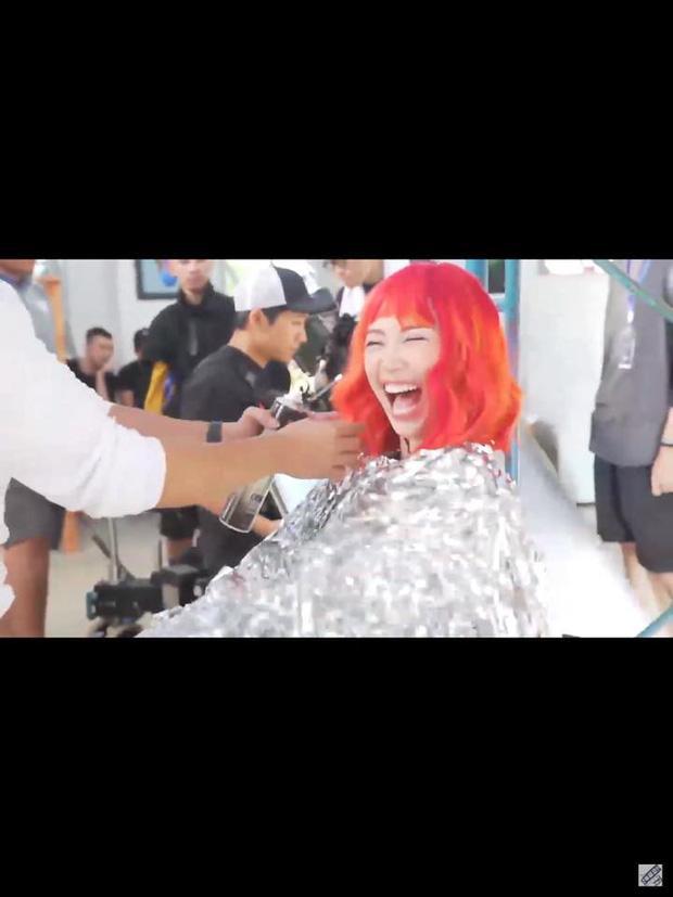 Rò rỉ hình ảnh trong MV mới của Tóc Tiên, cư dân mạng soi loạt điểm giống với MV của Britney Spears-2