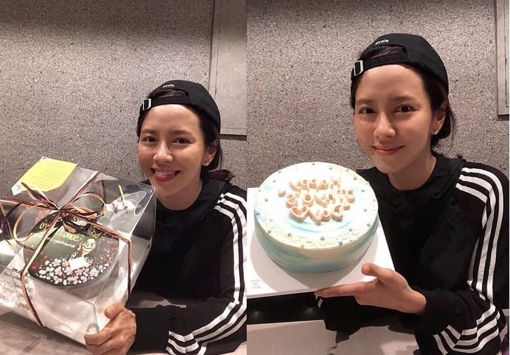 Mợ ngố U40 Song Ji Hyo khoe mặt mộc đẹp không tì vết-1
