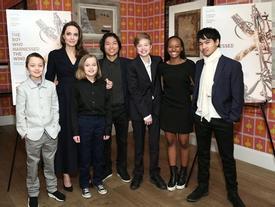 Giàu nứt đố đổ vách nhưng Angelina Jolie lại bắt các con phải mặc quần áo và ăn đồ rẻ tiền?