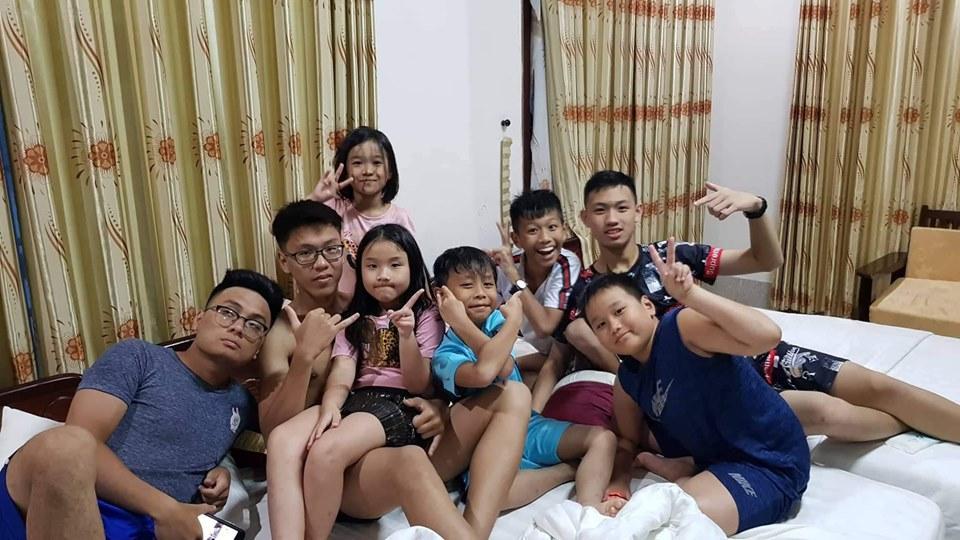 Khép lại tranh cãi sau ly hôn, vợ cũ Thành Trung vui vẻ khi con gái về thăm quê nội cùng bố-9