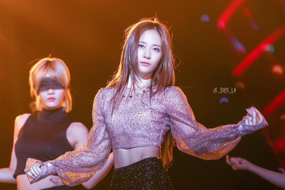 Công chúa băng giá Krystal tuyên bố không còn thiết tha với việc hát hò, muốn từ bỏ sự nghiệp làm thần tượng Kpop-4