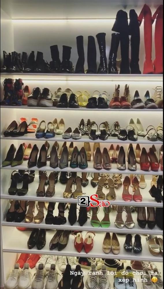 Choáng ngợp với tủ giày hàng trăm đôi cực kỳ xịn xò của Văn Mai Hương-1
