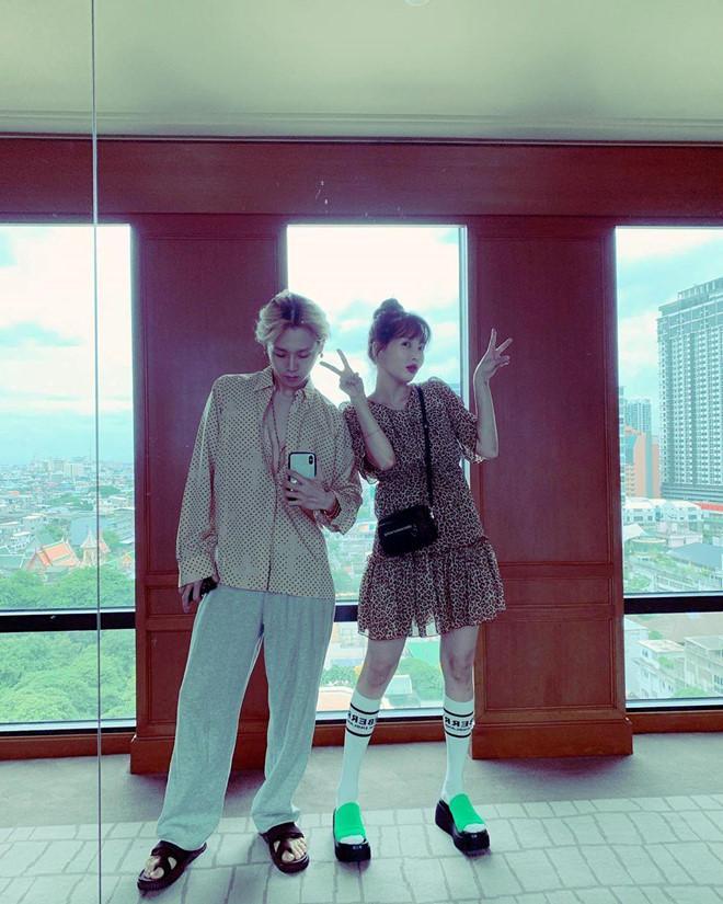 HyunA và người yêu chăm diện đồ đôi, có gu thời trang độc lạ-2