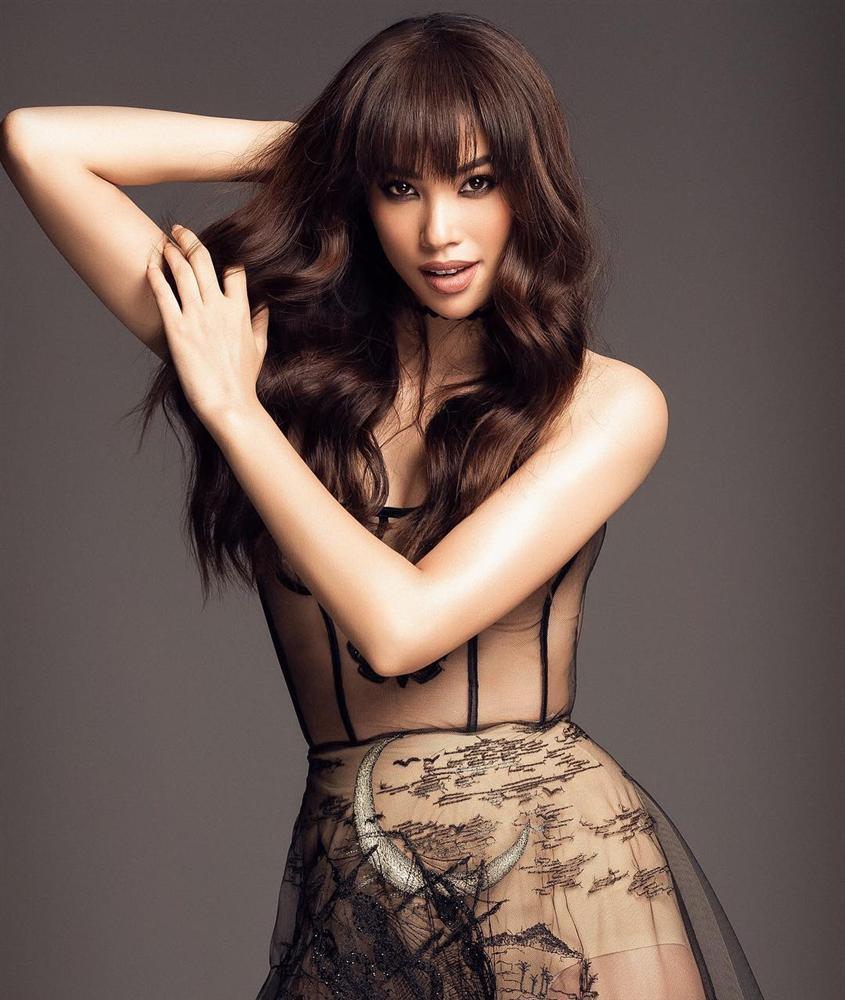 Chăm diện bikini từ khi sang Mỹ nhưng Phạm Hương liên tục bị soi ra khuyết điểm và dấu hiệu bất thường-1