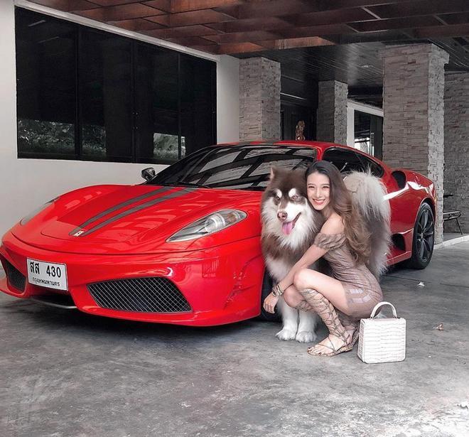 Hotgirl con lai khoe ảnh đẹp xuất sắc bên siêu xe, đến khi xem ảnh đời thường mới thực sự choáng váng-3
