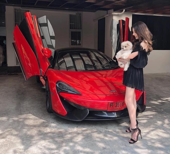 Hotgirl con lai khoe ảnh đẹp xuất sắc bên siêu xe, đến khi xem ảnh đời thường mới thực sự choáng váng-6