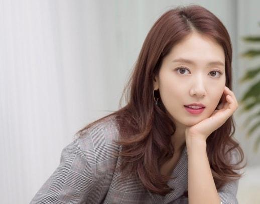 Park Shin Hye tiết lộ mắc chứng đau nửa đầu vì áp lực công việc-1