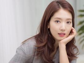Park Shin Hye tiết lộ mắc chứng đau nửa đầu vì áp lực công việc
