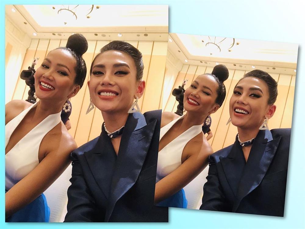 Bản tin Hoa hậu Hoàn vũ 17/8: Tóc đẹp váy cũng đẹp, HHen Niê bất ngờ giật spotlight của Phạm Hương-2