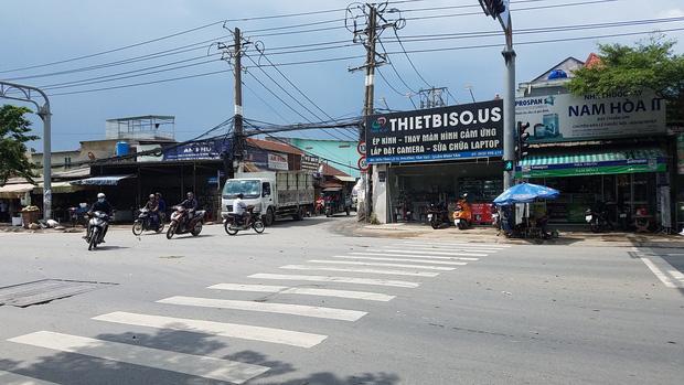 2 tài xế đuổi chém nhau kinh hoàng vì tranh giành khách ở Sài Gòn-1