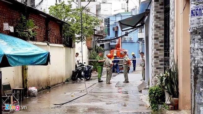 Điều tra vụ đứt dây điện làm chết người đang uống cà phê ở Sài Gòn-1