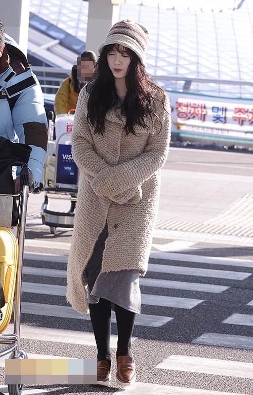 Lẽ nào ly hôn là lý do khiến nàng Cỏ Goo Hye Sun sụt giảm phong độ thời trang lẫn nhan sắc đến vậy-8