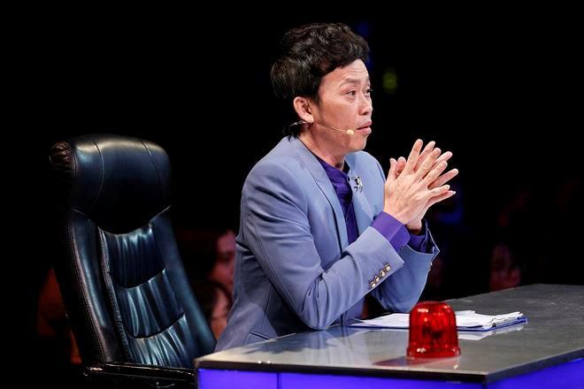 Hoài Linh vắng bóng ở game show nhưng cát-xê vẫn cao nhất showbiz-1