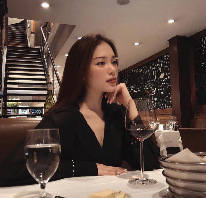 Em dâu tương lai của Hà Tăng khoe ảnh thay đổi nhan sắc sau 10 năm, đến khi lộ ảnh quá khứ khiến ai nấy giật mình-4
