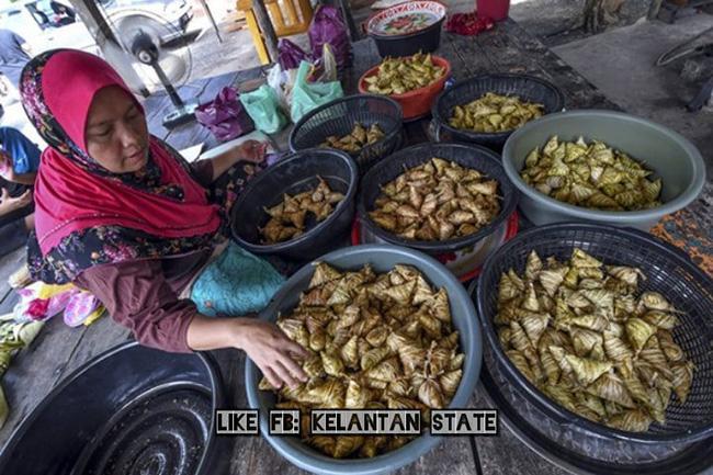 Nhìn cứ tưởng món ăn Việt nhưng là đặc sản nức tiếng và kỳ công của người Malaysia-6