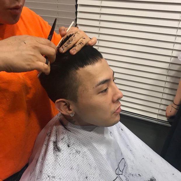 Stylist tung loạt ảnh cạo tóc, trang điểm kì quái của G-Dragon-2