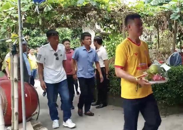 Nữ cổ động viên tử nạn trên đường đi cổ vũ CLB Nam Định-2